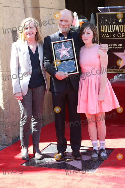 Amy Madigan Photo - 13 March 2015 - Hollywood California - Amy Madigan Ed Harris Lily Harris Ed Harris Star ceremony held on the Hollywood Walk Of Fame Photo Credit F SadouAdMedia