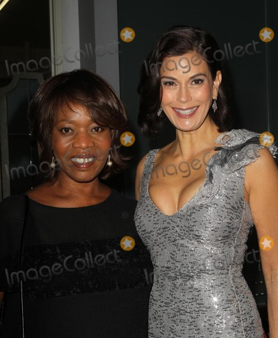 Teri Hatcher Photo - 5 December 2012 - Los Angeles California - Alfre Woodard Teri Hatcher Kevan Hall Presents His Spring 2013 Collection Held at Kevan Hall Design showroom Photo Credit Faye SadouAdMedia
