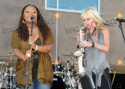 Lalah Hathaway Photo - 30 July 2011 - Santa Monica California - Lalah Hathaway and Mindi Abair 2011 GRAMMY Block Party Charity Fundraiser for PATH held at The Recording Academy Photo Credit Byron PurvisAdMedia