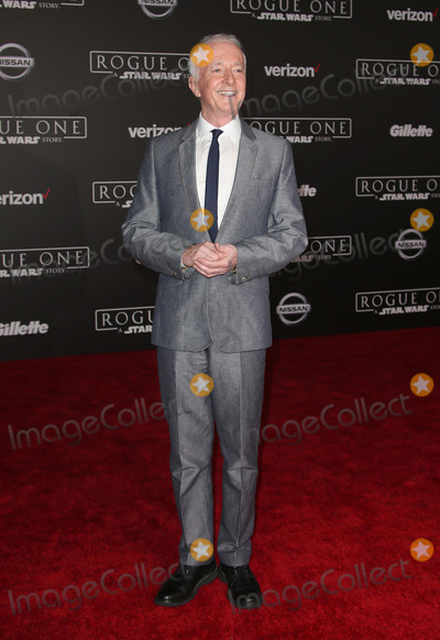 Anthony Daniels Photo - 10 December 2016 - Hollywood California - Anthony Daniels Rogue One A Star Wars Story World Premiere held at Pantages Theater Photo Credit F SadouAdMedia