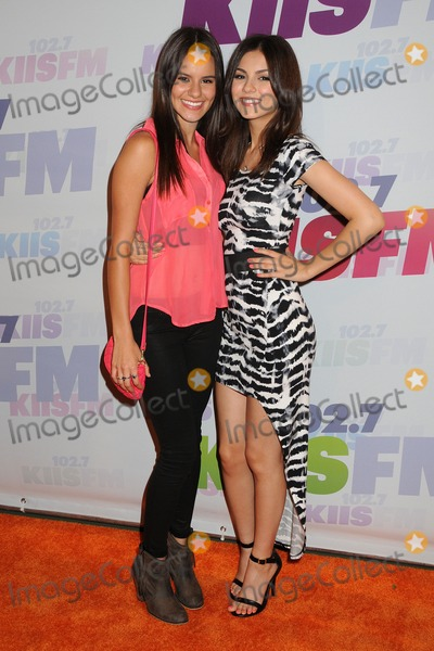 Victoria Reed Reed Victoria Justice
