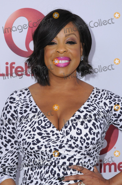 Niecy Nash Photo - 23 January 2017 - West Hollywood California - Niecy Nash  Lifetime hosts the premiere screening of Love By The 10th held at The London West Hollywood Photo Credit Birdie ThompsonAdMedia