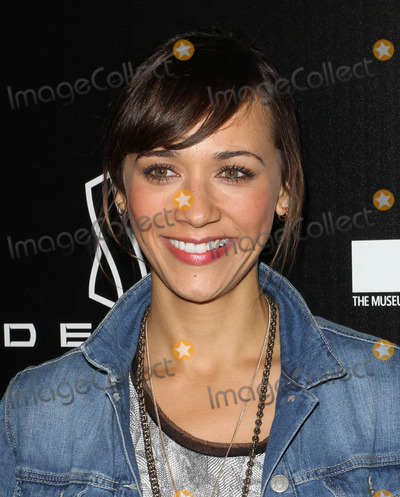 Rashida Jones Photo - 8 December 2010 - Beverly Hills, CA - Rashida Jones. Jessica Stam Hosts Grand Opening Of Devon Flagship Store in Beverly Hills held At Devon Store. Photo: Kevan Brooks/AdMedia