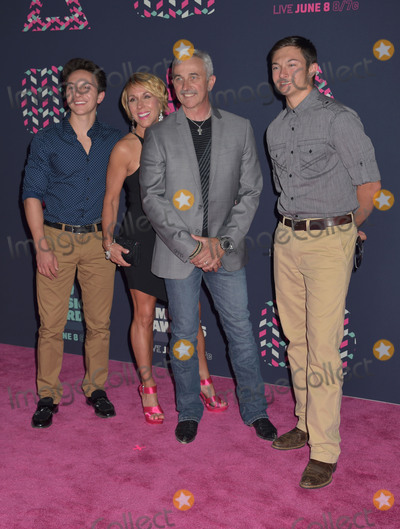 Aaron Tippin Photo - 08 June 2016 - Nashville Tennessee - Aaron Tippin 2016 CMT Music Awards held at Bridgestone Arena Photo Credit Laura FarrAdMedia