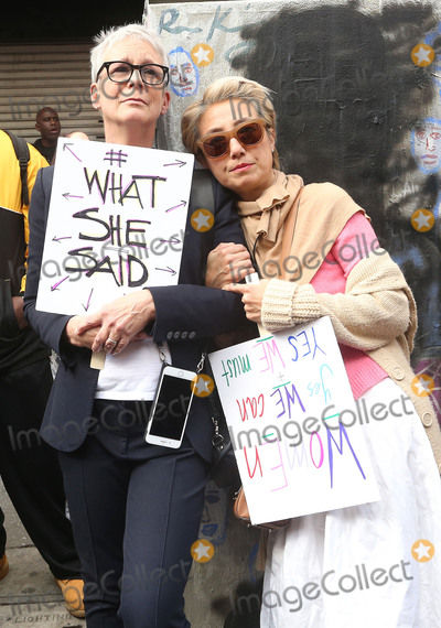 Jamie Lee Curtis Photo - 21 January 2017 - Los Angeles California - Jamie Lee Curtis Womens March in Los Angeles California Photo Credit F SadouAdMedia