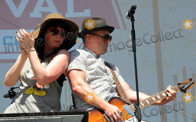 Shawna Thompson Photo - 10 June 2016 - Nashville Tennessee - Thompson Square Shawna Thompson and Keifer Thompson 2016 CMA Music Festival Riverfront Stage Photo Credit Dara-Michelle FarrAdMedia