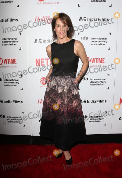 Annabeth Gish Photo - 09 December 2016 -  Hollywood California - Annabeth Gish 32nd Annual IDA Documentary Awards held at Paramount Studios Photo Credit Faye SadouAdMedia