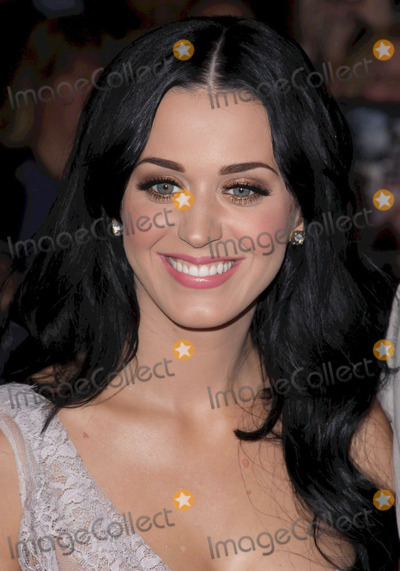 Katy Perry Photo - 06 December 2010 - Hollywood, California - Katy Perry.