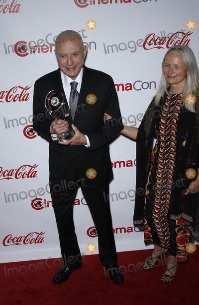 Alan Arkin Photo - 23 April 2015 - Las Vegas Nevada - Alan Arkin CinemaCon 2015 Big Screen Achievement Awards Red Carpet at Caesars Palace Photo Credit MJTAdMedia