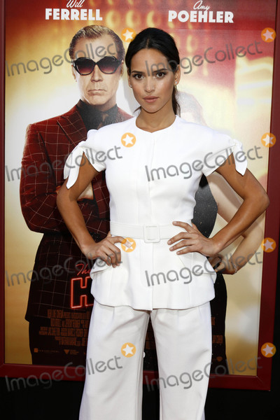 Adria Arjona Photo - Adria Arjonaat the The House Premiere TCL Chinese Theater IMAX Hollywood CA 06-26-17