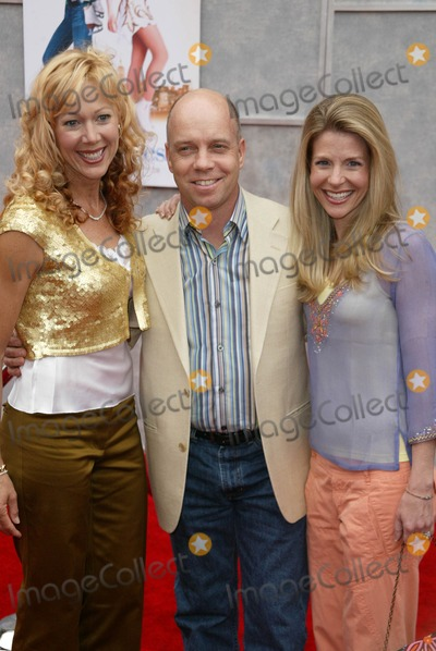 Lynn-Holly Johnson Photo - Lynn-Holly Johnson and Scott Hamilton at the World Premiere of Ice Princess El Capitan Hollywood CA 03-13-05
