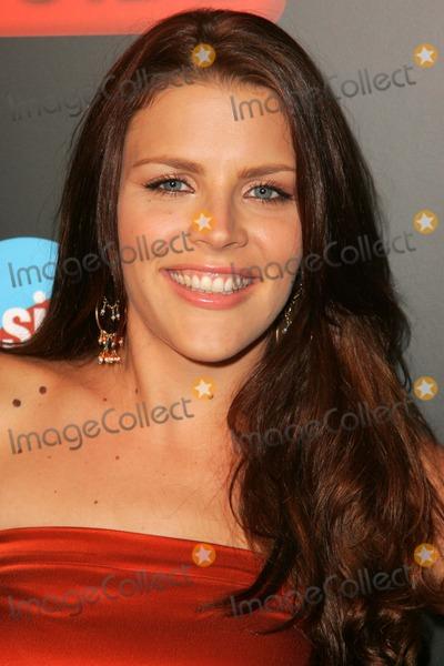 Kelsey Oldershaw Nude Photos 36