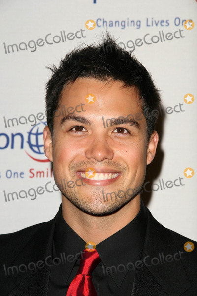 Michael Copon Photo - Michael Copon at the 9th Annual Smile Gala Benefiting Operation Smile Beverly Wilshire Hotel Beverly Hills CA 09-24-10