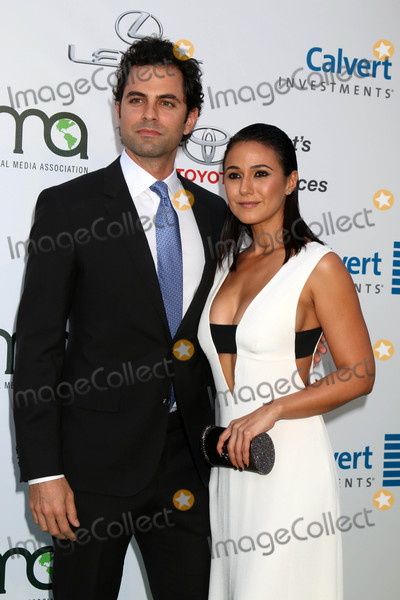 Adrian Bellani Photo - Adrian Bellani Emmanuelle Chriquiat the 26th Annual Environmental Media Awards Warner Brothers Studio Burbank CA 10-22-16
