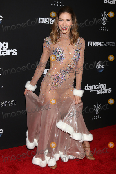 Allison Holker Photo - Allison Holkerat the Dancing With The Stars Live Finale The Grove Los Angeles CA 11-22-16