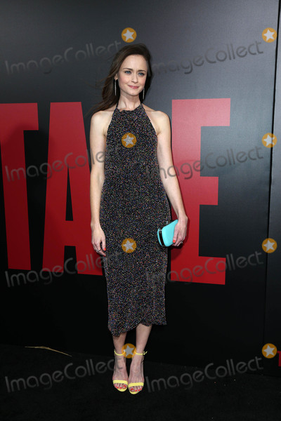 Alexis Bledel Photo - Alexis Bledelat the Premiere Of Hulus The Handmaids Tale Cinerama Dome Hollywood CA 04-25-17