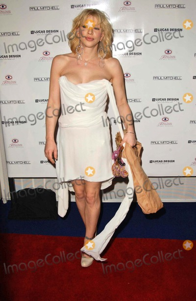 Courtney Love Photo - Courtney Loveat the 1st Annual Sober Day USA Event Standard Hotel Hollywood West Hollywood CA 05-01-06