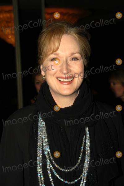Meryl Streep Photo - Meryl Streep at the 5th Annual Costume Design Guild Awards Arrivals Regent Beverly Wilshire Hotel Beverly Hills CA 03-16-03