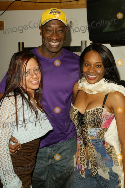 Kena Zakia Photo - Michael Clarke Duncan his girlfriend Irene Marquez and Kena Zakia at Kenas Birthday and Web Site Launch Party Miyagis West Hollywood CA 11-05-04