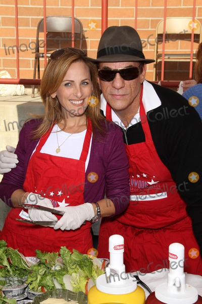 Robert Davi Photo - Marlee Matlin and Robert Daviat the Hollywood Chamber Of Commerce 17th Annual Police And Fire BBQ Private Location Hollywood CA 11-30-11