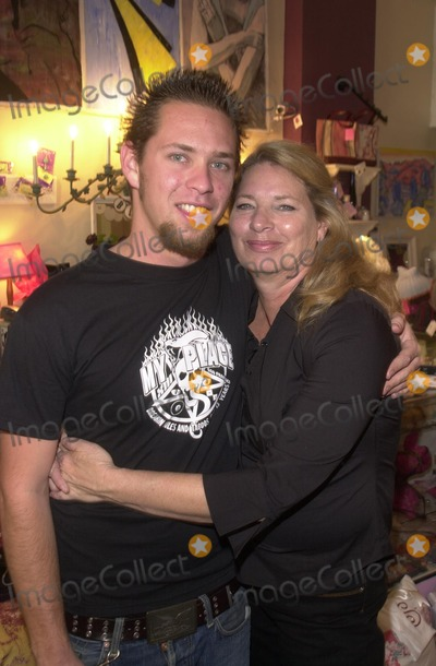 Alex M Photo - Paul Shugerman and mom Julie Shugerman at the Icecubes By Alex M Trunk Show at Blancs 5224 Hollywood Blvd Los Angeles CA 11-10-02