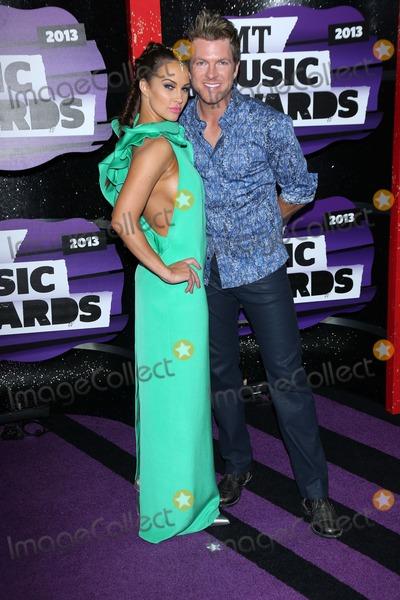 Tiffany Fallon Photo - Joe Don Rooney and Tiffany Fallonat the 2013 CMT Music Awards Bridgestone Arena Nashville TN 06-05-13