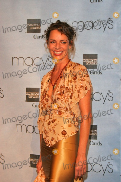 Diana Barton Photo - Diana Barton at the Macys and American Express Passport Gala Barker Hanger Santa Monica CA 09-30-04