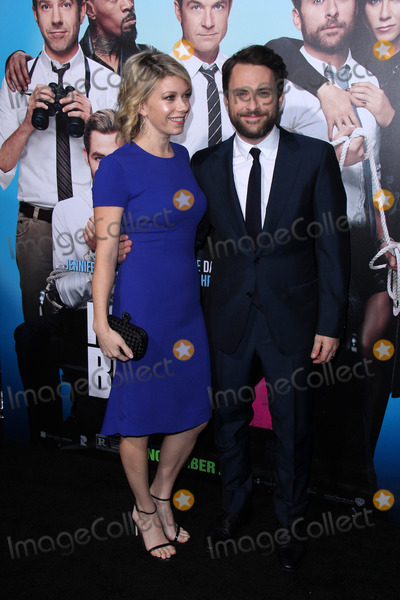 Charlie Day Photo - Mary Elizabeth Ellis Charlie Dayat the Horrible Bosses 2 Los Angeles Premiere TCL Chinese Theater Hollywood CA 11-20-14