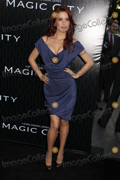 Willa Ford Photo - Willa Fordat the Magic City Los Angeles Premiere Directors Guild of America Los Angeles CA 03-20-12