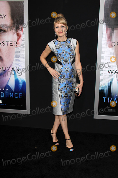 Annie Marter Photo - Annie Marterat the Transcendence Los Angeles Premiere Village Theatre Westwood CA 04-10-14