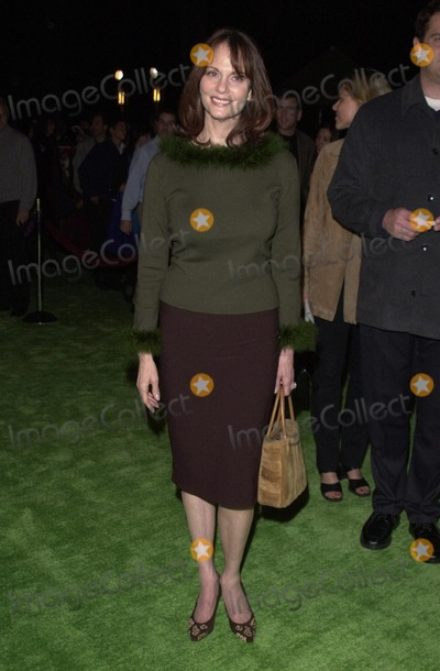 The Grinch Photo -  Lesley Ann Warren at the premiere of Universals Dr Seuss How The Grinch Stole Christmas at Universal Studios 11-08-00