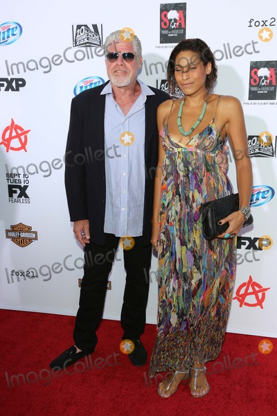 Blake Perlman Photo - Ron Perlman Blake Perlmanat the Sons of Anarchy Season Six Premiere Screening Dolby Theatre Hollywood CA 09-07-13
