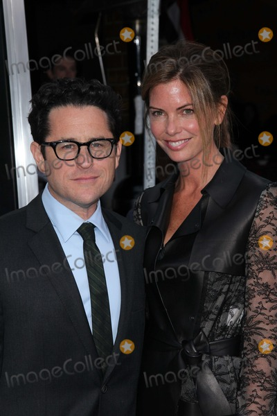 J J Abrams Photo - JJ Abramsat the Super 8 Los Angeles Premiere Regency Village Theatre Westwood CA 06-08-11