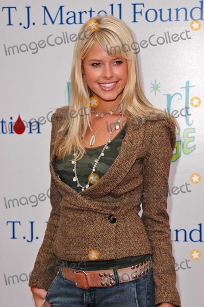Sarah Wright Photo - Sarah Wright At the 2004 Bogart Backstage to benefit The Bogart Pediatric Cancer Research Program Hollywood Palladium Hollywood CA 10-16-04