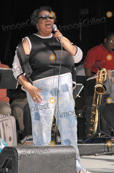 Aretha Franklin Photo - Aretha Franklin at the sound check rehearsal for Arethas concert at the Greek Theatre Los Angeles CA 09-17-04
