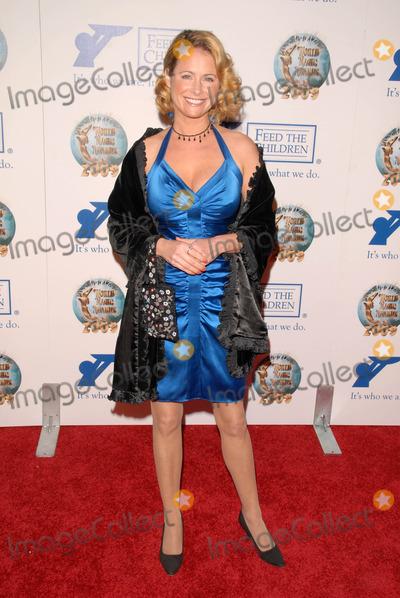 Amy Dolenz Photo - Amy Dolenzat the 2009 World Magic Awards benefitting Feed The Children Barker Hanger Santa Monica CA 10-10-09
