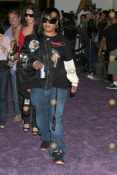 Da Brat Photo - DaBratMariah Carey Signing her new CD  EMC2Hard Rock CafeUniversal City WalkUniversal City CAApril 17 2008