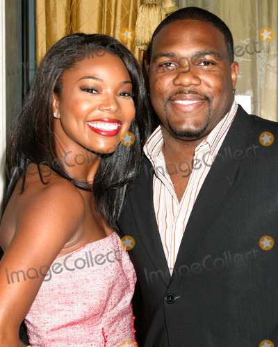 Chris Howard Photo - Gabrielle Union and husband Chris Howard arriving