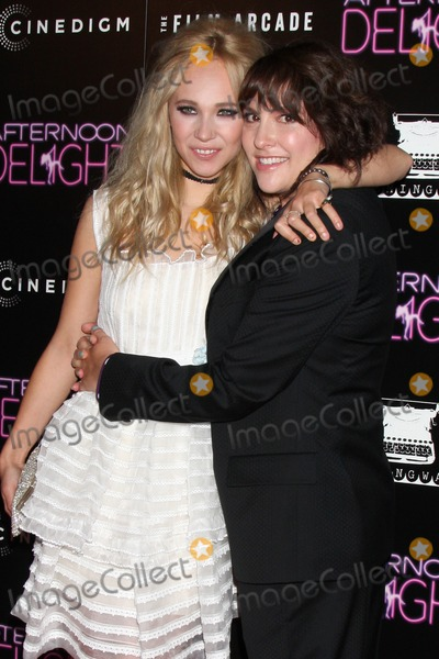 Juno Temple Photo - LOS ANGELES - AUG 19  Juno Temple Jill Soloway at the Afternoon Delight Premiere at the ArcLight Hollywood Theaters on August 19 2013 in Los Angeles CA
