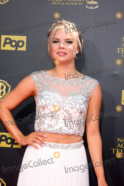 Kelli Goss Photo - LOS ANGELES - APR 26  Kelli Goss at the 2015 Daytime Emmy Awards at the Warner Brothers Studio Lot on April 26 2015 in Burbank CA