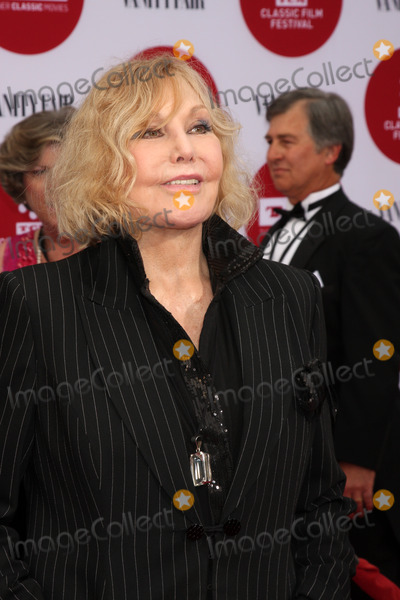 Kim Novak Photo - LOS ANGELES - APR 10  Kim Novak at the Oklahoma Restoration Premiere at the Opening Night Gala 2014 TCM Classic Film Festival at TCL Chinese Theater on April 10 2014 in Los Angeles CA