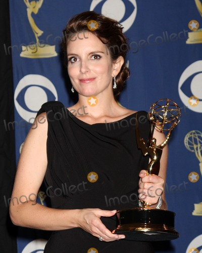 Tina Fey Photo - Tina FeyIn the Press Room  at the 2009 Primetime Emmy AwardsNokia Theater at LA LiveLos Angeles CASeptember 20 2009