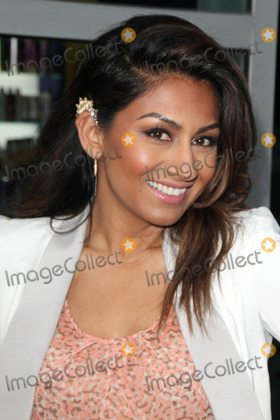 Amrapali Ambegaokar Photo - LOS ANGELES - JUL 29  Amrapali Ambegaokar at the Behaving Badly Screening at the ArcLight Hollywood Theaters on July 29 2014 in Los Angeles CA