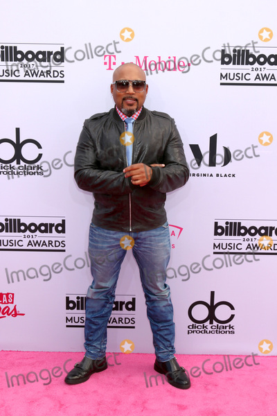 Daymond John Photo - LAS VEGAS - MAY 21  Daymond John at the 2017 Billboard Music Awards - Arrivals at the T-Mobile Arena on May 21 2017 in Las Vegas NV