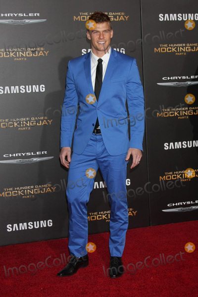 Alan Ritchson Photo - LOS ANGELES - NOV 16  Alan Ritchson at the The Hunger Games -Mockingjay Part 2 LA Premiere at the Microsoft Theater on November 16 2015 in Los Angeles CA