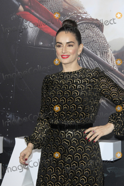 Ana De la reguera Photo - LOS ANGELES - FEB 15  Ana De La Reguera at The Great Wall Premiere at the TCL Chinese Theater on February 15 2017 in Los Angeles CA