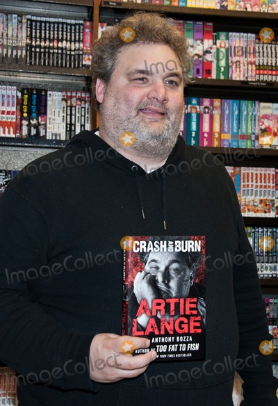 Artie Lang Photo - PHILADELPHIA PA - NOVEMBER 01 American Comedian Artie Lange Signs His New Book Crash And Burn at Barnes  Noble Rittenhouse Square on November 01 2013 in Philadelphia Pennsylvania (Photo by Paul J FroggattFamousPix)