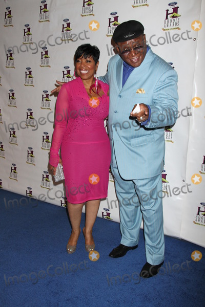 Shirley Strawberry Photo - LAS VEGAS NV - August 13 Shirley Strawberry George Wallace Attend 9th Annual Hoodie Awards Held  On August 13 2011 At Mandalay Bay Hotel and Casino In Las Vegas Nevada (Photo By LVPImageCollecctcom)