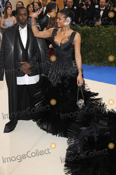 Diddy Combs Photo - Photo by XPXstarmaxinccomSTAR MAXCopyright 2017ALL RIGHTS RESERVEDTelephoneFax (212) 995-11965117Sean P Diddy Combs and Cassie Ventura at the 2017 Costume Institute Gala - Rei KawakuboComme des Garcons Art Of The In-Between(Metropolitan Museum of Art NYC)