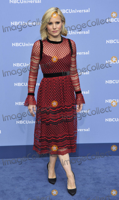 Kristen Bell Photo - Photo by Patricia SchleinstarmaxinccomSTAR MAX2016ALL RIGHTS RESERVEDTelephoneFax (212) 995-119651616Kristen Bell at The 2016 NBCUniversal Upfront(NYC)